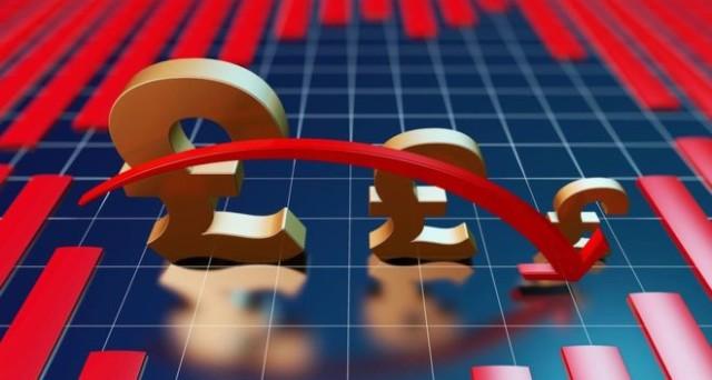 Sterlina stabile contro il dollaro alla vigilia dell'avvio della Brexit, ma le elezioni in Francia e Germania potrebbero spingerla verso l'alto o verso il basso. Vediamo gli scenari.