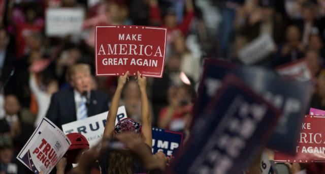 Migliorare l'economia americana sembra l'obiettivo numero uno del presidente Donald Trump. Ma la politica dei dazi non sembra la giusta risposta, il taglio del deficit federale sì.