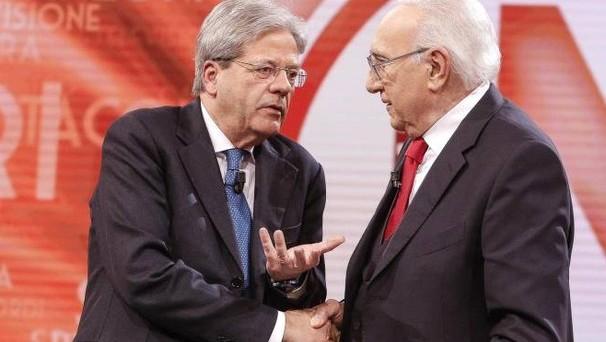 Il taglio delle tasse voluto dal governo Gentiloni avverrebbe alzando l'IVA e usufruendo di nuova flessibilità fiscale. Dopo la politica dei bonus, quella dello spostamento di tasse.