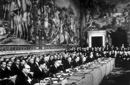 Oggi si festeggia il 60esimo anniversario dei Trattati di Roma. E allora ripercorriamo le tappe storiche dell'Unione Europea attraverso dieci avvenimenti importanti