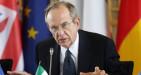 L'immobilismo del debole Padoan paralizza la già ferma Italia