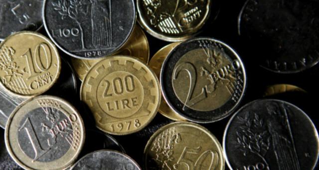 Italia fuori dall'euro e ritorno alla lira: i