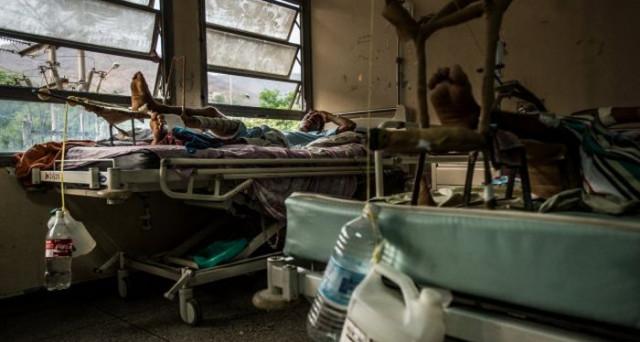 Finite anche le medicine, oltre che il pane, in Venezuela. Caracas chiede aiuto all'ONU, ma la situazione nel paese sudamericano si fa sempre più disperata e senza via d'uscita.
