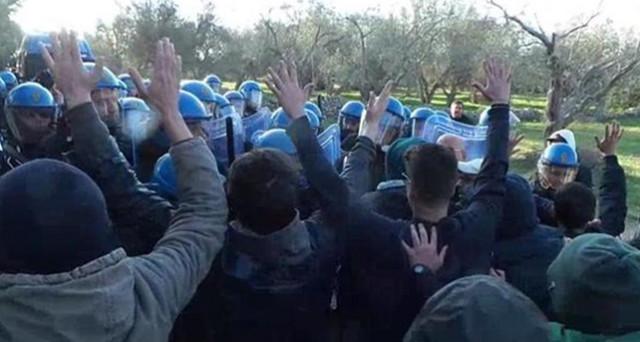 I militanti No TAP parlano di 'violenza di stato': ecco il video che non è girato nei media e che proviene proprio da quell'area. Un'analisi semplice?