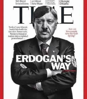 Poteri Erdogan dopo referendum Turchia: chi è il nuovo Sultano e perché assomiglia a Hitler