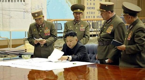 Pyongyang avverte gli USa: vi cancelleremo dalla faccia della Terra. La Corea del Nord non assisterà inerte ad una guerra chimica.