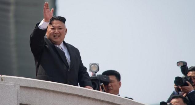 In Corea del Nord sembra segnato il destino di Kim Jong-Un, a seguito del patto tra Cina e USA per la sua destituzione, che potrebbe essere messo in atto presto. E il presidente Donald Trump sembra avvertire anche Putin sulla Siria.