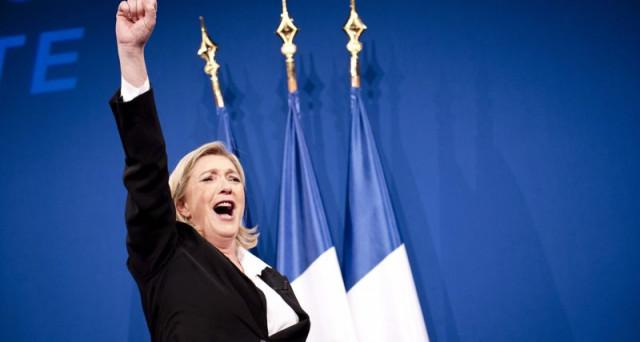 7 maggio 2017. I TG francesi pubblicano i primi exit polls: Marine Le Pen ha vinto le elezioni presidenziali. Cosa succede dalle ore successive sui mercati finanziari? Immaginiamo una simulazione dell'evento che sconvolgerebbe l'Europa.