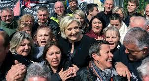Marine Le Pen ha sconfitto Emmanuel Macron, almeno al ballottaggio virtuale celebrato ieri nello stabilimento Whirlpool di Amiens. L'episodio mette a nudo le difficoltà del candidato front-runner di fare breccia tra i ceti popolari.