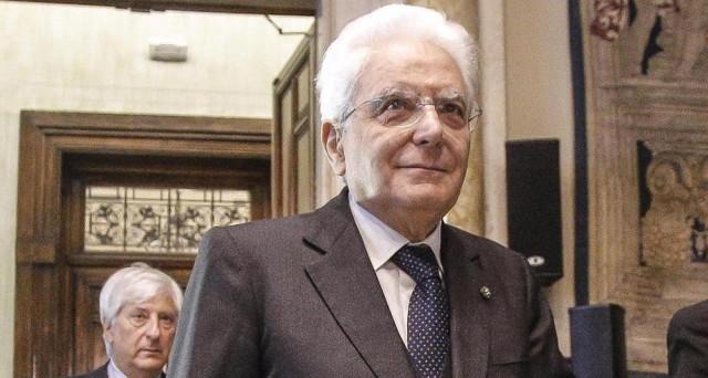 Mattarella chiede riforma legge elettorale