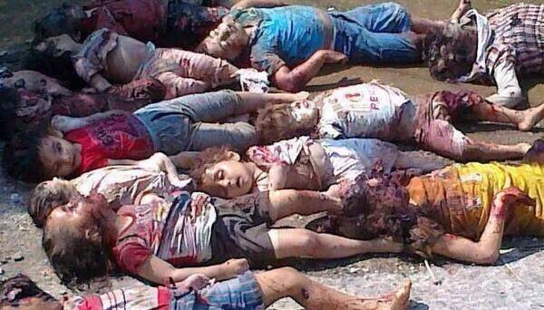 Attacco in Siria, strage di bambini: accogliere i profughi o lasciarli 'massacrare'? L'ambiguità dell'Occidente