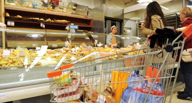 L'inflazione è tornata al target della BCE, ma le famiglie italiane non hanno niente da festeggiare, perché la crescita dei prezzi non è legata a un miglioramento della nostra economia.