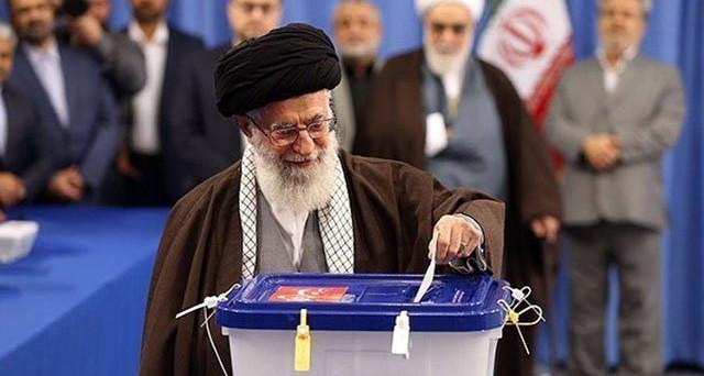 Seggi aperti in Iran, dove 56 milioni di cittadini votano per scegliere il nuovo presidente. In corsa l'uscente riformatore Rouhani e il candidato conservatore Raisi. In ballo c'è l'accordo nucleare di fine 2015.