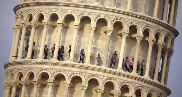 Italia nel mirino dei mercati dopo il voto in Francia