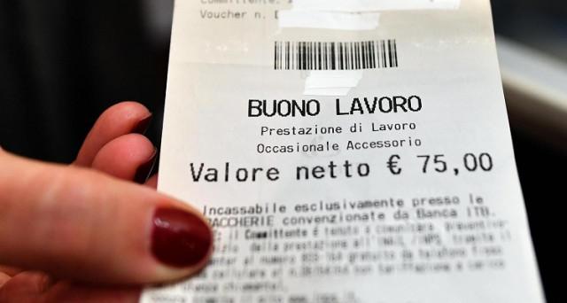 In discussione l'emendamento che dovrebbe normare il dopo voucher: un compromesso all'italiana? Dall'inferno dei buoni lavoro a un purgatorio dei diritti.