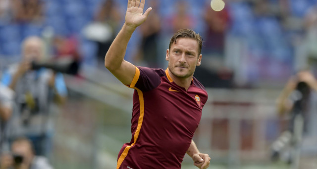 L'addio di Totti, cosa significa economicamente per la Roma? Quanto costava il Capitano e quanto faceva guadagnare? Quali scenari futuri per lui e la società?