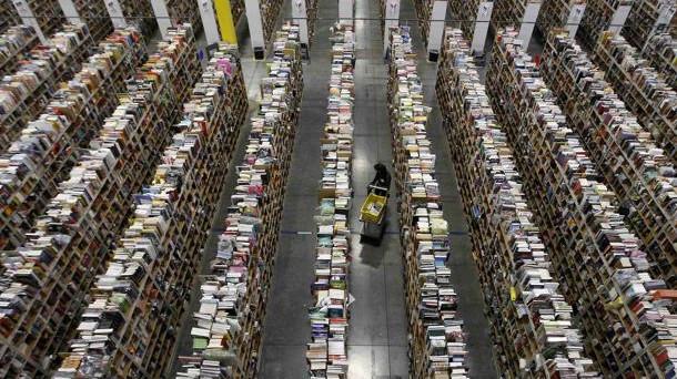 I pacchi Amazon sono sempre puntualissimi e il servizio è perfetto: ma come si lavora in Amazon? Una testimonianza in attesa di replica.
