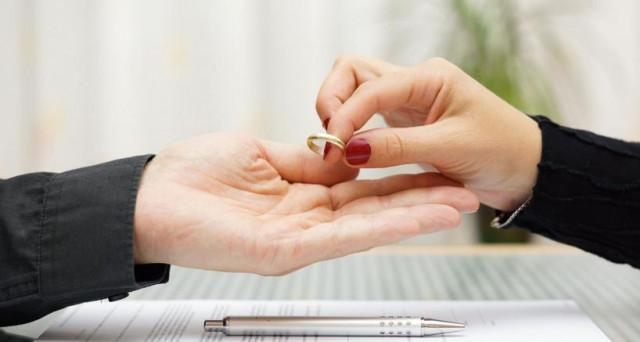 I giudici rimuovono il mantenimento del tenore di vita per i coniugi divorziato. Adesso, servono nuovi interventi contro altre forme di parassitismo sociale.