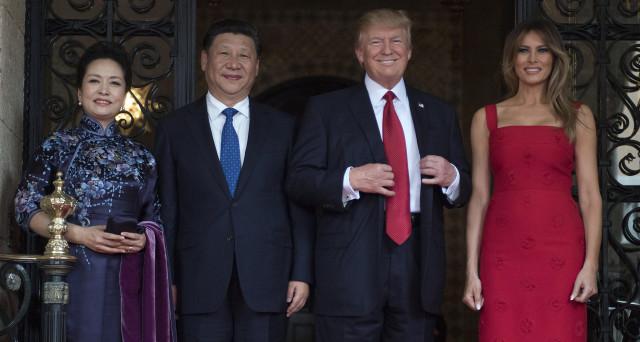 I rapporti commerciali fra Cina e USA sono migliorati. Le politiche di Trump fanno bene a Pechino. Il commento degli esperti