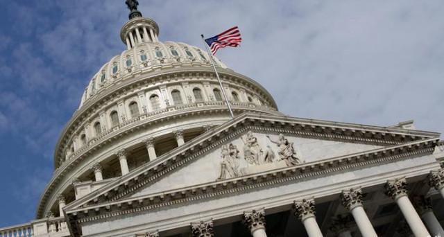 Debito americano ancora oggetto di scontro tra Casa Bianca e Congresso. Stavolta, i dissidi sono all'interno della stessa maggioranza di destra. Senza accordo, l'America di Trump rischia grosso sui mercati in piena estate.