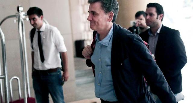 Grecia, Eurogruppo raggiunge accordo su nuova tranche di aiuti