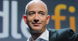 Storia davvero originale quella di Jeff Bezos, da castratore di tori a fondatore di Amazon in un garage. Ecco la vita del secondo uomo più ricco al mondo.