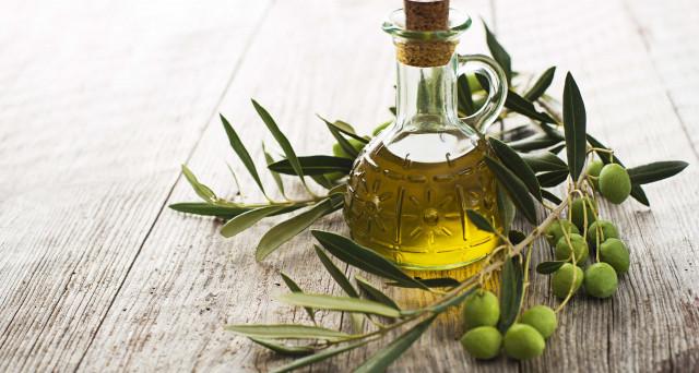 Dalla Francia un'inchiesta, anche su oli italiani (diremo le marche), sull'olio extravergine d'oliva: si sospetta una truffa e si parla anche di oli tunisini.