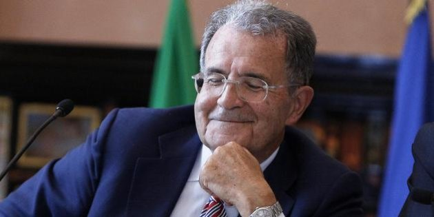 Matteo Renzi sotto attacco da Romano Prodi, che dal palco della Cisl pronuncia un discorso all'insegna della sfida a sinistra alla sua leadership. E lo seguiranno in tanti.