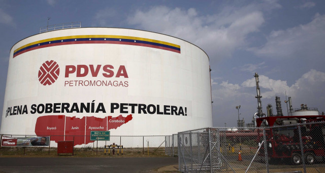 Il Venezuela sfugge ai creditori, saltando un pagamento in favore dei russi. Il default formalmente non c'è, ma nei fatti aleggia da tempo lo spettro del fallimento,