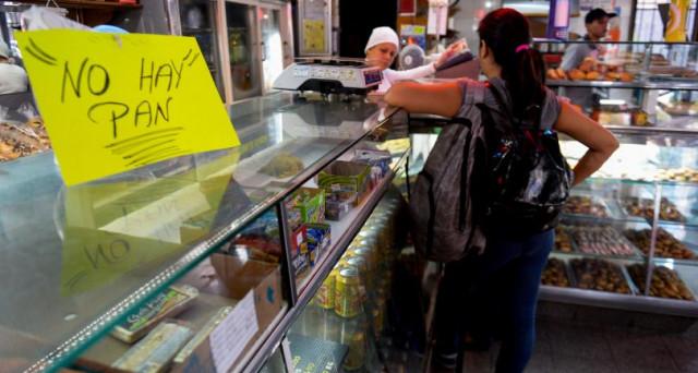 Caracas, brutale repressione delle proteste: muore un 17.enne