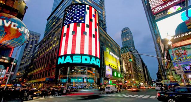 Crollo di alcune azioni del comparto tecnologico americano, boom di altre. E' il resoconto della seduta di ieri, che per fortuna è stata solo vittima di errori nella comunicazione dei dati finanziari.