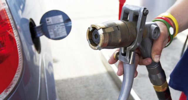 Prezzi della benzina e del diesel stabili sulla rete italiana di distribuzione carburanti. In leggero rialzo il Gpl