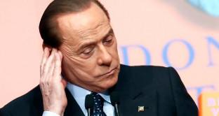 Affannatevi pure, ma non ci sarà un candidato del centro-destra al di fuori di Silvio Berlusconi, disposto piuttosto a porre fine alla stessa coalizione, pur di resistere fino all'ultimo respiro come leader senza truppe.