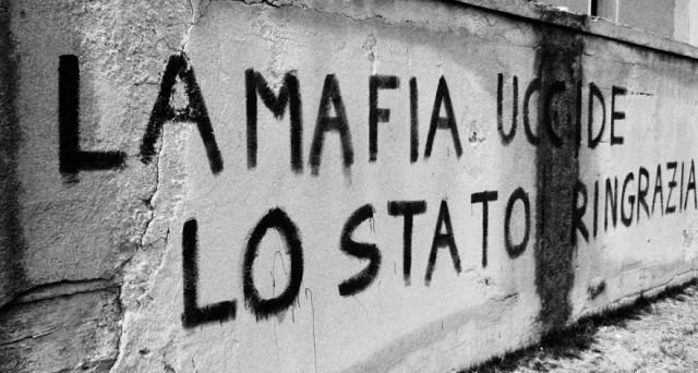 Non solo il processo di Mafia Capitale, ma un problema complesso e in evoluzione: ecco come si evolve la Mafia e il suo rapporto con lo Stato.