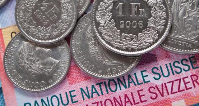 Franco svizzero ai minimi da inizio 2015 contro l'euro, ma possiamo parlare di manipolazione del cambio? Ecco un'analisi di quanto starebbe accadendo.