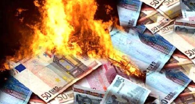 Per la CGIA di Mestre, vanno in fumo miliardi di euro ogni anno per burocrazia, inefficienza, ritardi nei pagamenti e sprechi