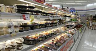 """Supermercati e piccolo negozi subiranno """"guerra"""" alimentare USA?"""