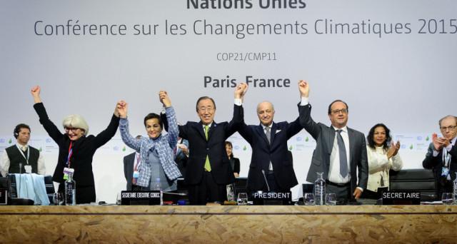 La lotta ai cambiamenti climatici non la fa l'Accordo di Parigi. I dati dimostrano che la realtà sarebbe (per fortuna) più avanti dei governi. E la Germania mostra un doppio volto sul tema delle emissioni inquinanti.