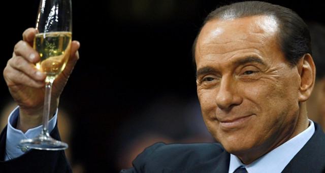 81-esimo compleanno per Silvio Berlusconi, che negli ultimi mesi sembra rinato politicamente, tornato a riacquistare l'onorabilità perduta anche in Europa. E la vittoria elettorale è alla portata.
