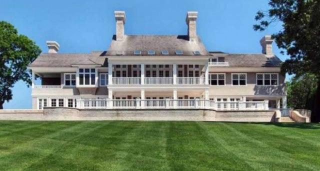 Comprereste una villa di 26 miliardi di dollari? Loro si e lo hanno fatto di recente. Ecco la classifica delle coppie più ricche del pianeta del 2017.