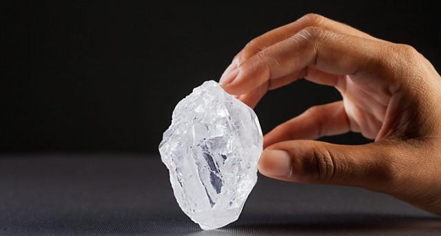 Il secondo diamante più grande mai scoperto è stato venduto per 53 milioni di dollari. Eppure, il prezzo è inferiore alle attese e non segna un record.