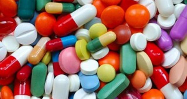 Aumentano i costi per i farmaci di fascia C, si parla di 800 medicinali interessati.