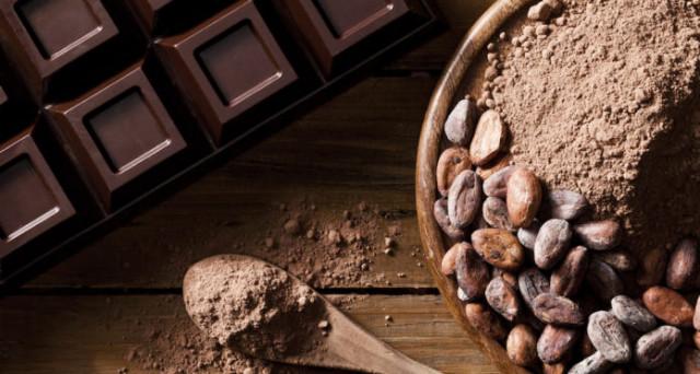 Come funziona il business del cacao e dunque della cioccolata? Ecco cosa sta accadendo e perché si parla di illegalità e di disatro ambientale.