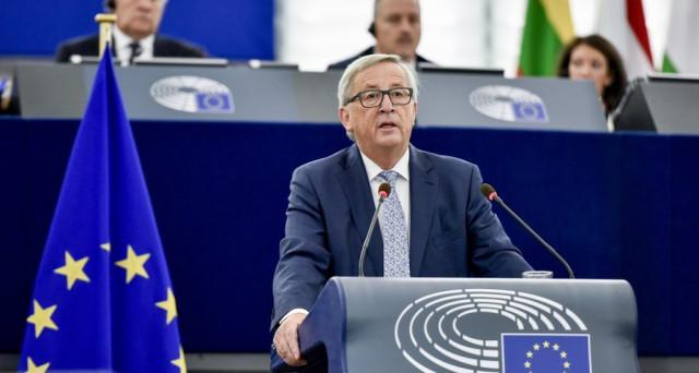 Il presidente della Commissione europea, Jean-Claude Juncker, mostra toni simili a quelli di Donald Trump sulla Cina, ma guai a chiamarlo protezionista. Ecco l'ipocrisia di Germania e Francia.