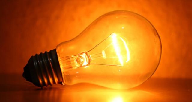 Una notizia che sta creando non poche polemiche: pagheremo le bollette della luce che i morosi non hanno pagato.