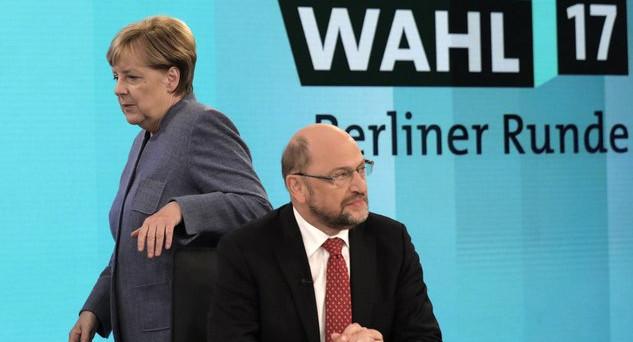 I tedeschi bocciano le larghe intese in Germania e i due partiti tradizionali crollano, mentre è exploit per gli euro-scettici di destra. I numeri in Parlamento per la cancelliera Angela Merkel diventano difficili.