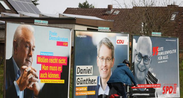 Da malato a modello d'Europa. Così la Germania della cancelliera Merkel, che avanza verso le elezioni orgogliosa del lavoro svolto. Eppure, lo ha realizzato insieme alla sinistra, che se ne vergogna.