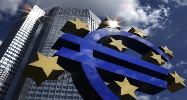 La BCE lascia i tassi fermi. L'attenzione si sposta alla conferenza stampa di Mario Draghi delle 14.30.