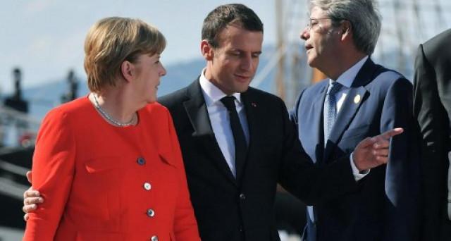 Frau Merkel in affanno sulla formazione del prossimo governo. Dai liberali arriva uno stop alle proposte di Macron sull'Europa, ma tra i conservatori si affaccia l'ipotesi di bond franco-tedeschi, prodromico a un'Europa a doppia velocità.