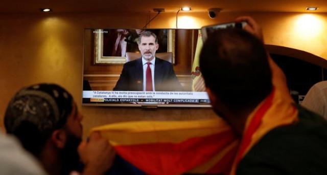 Discorso duro di Re Felipe di Spagna ieri sera contro i leader della Catalogna. La secessione è assai improbabile che si realizzi, mentre lo scenario più atteso è quello di mesi di caos.